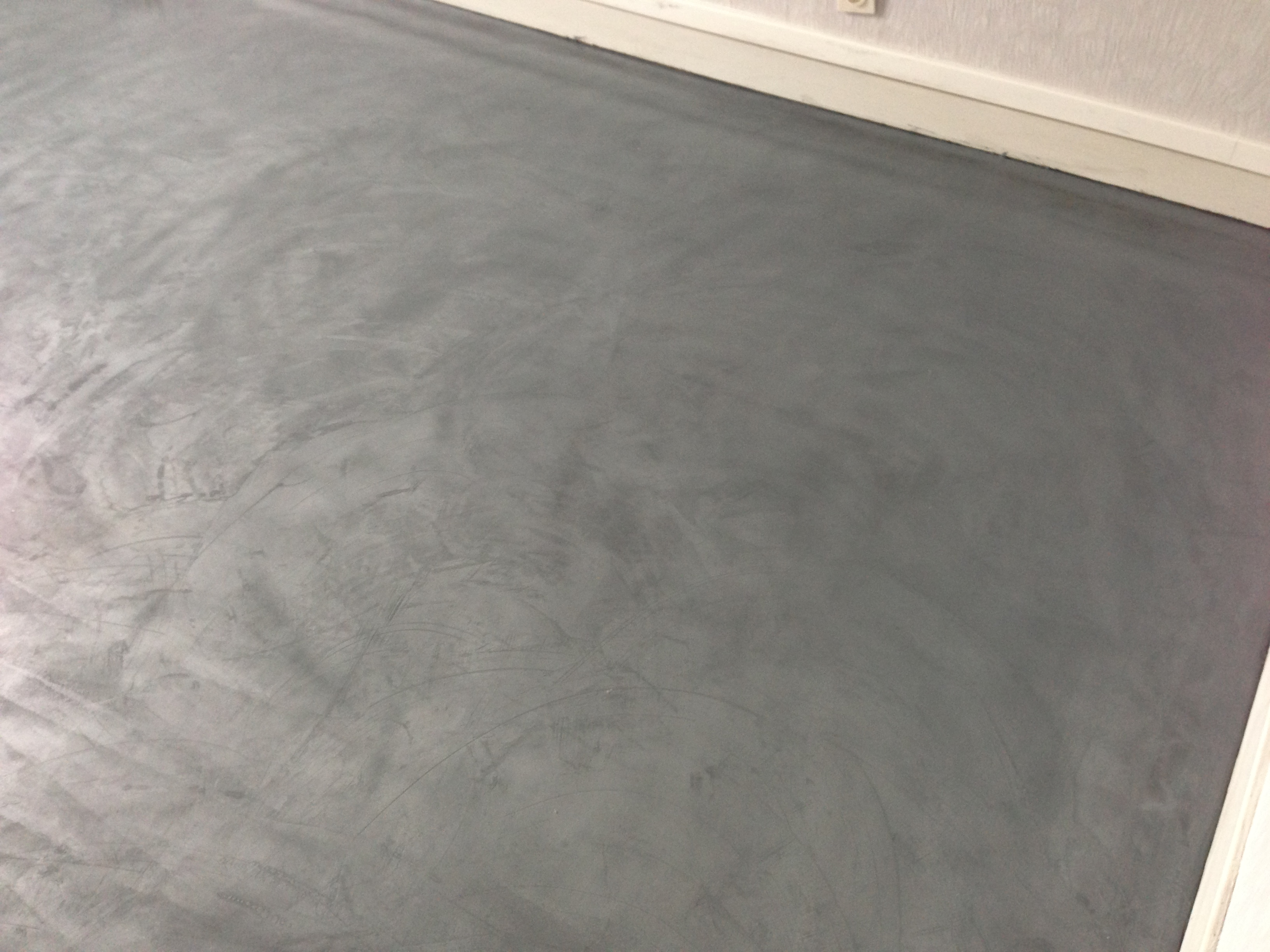 Platrerie peinture nos prestations fasylarenover for Poncage carrelage